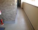 廊下防滑性シート工事前